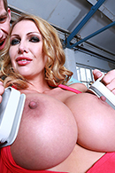 Spunky Python's Flying Squirtus free video clip