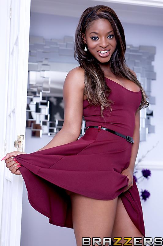 Jasmine Webb Age