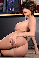 Brazzers HD video - Worshiping Joslyn's Feet
