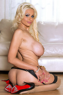 Holly Brooks11