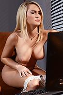 Chloe Addison02