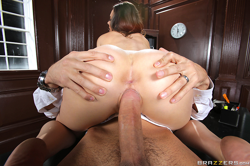 ������� ���������� / Tiffany Tyler (Paying Back the Pervert) (2014) SiteRip