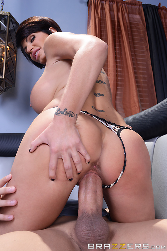 ���� ���� ���� / Shay Fox (Your Mom's a Bitch) (2014) SiteRip