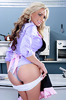 Brazzers porn movie - Cock Easy Cooking With Sindy