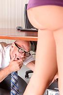 HD porn video Under The Desk