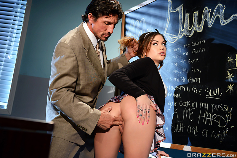 static brazzers scenes 8450 preview img 11