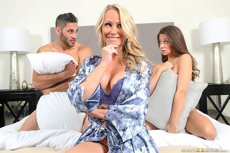 Moms In Control – After Party Mix – Cassidy Klein, Simone Sonay & Damon Dice