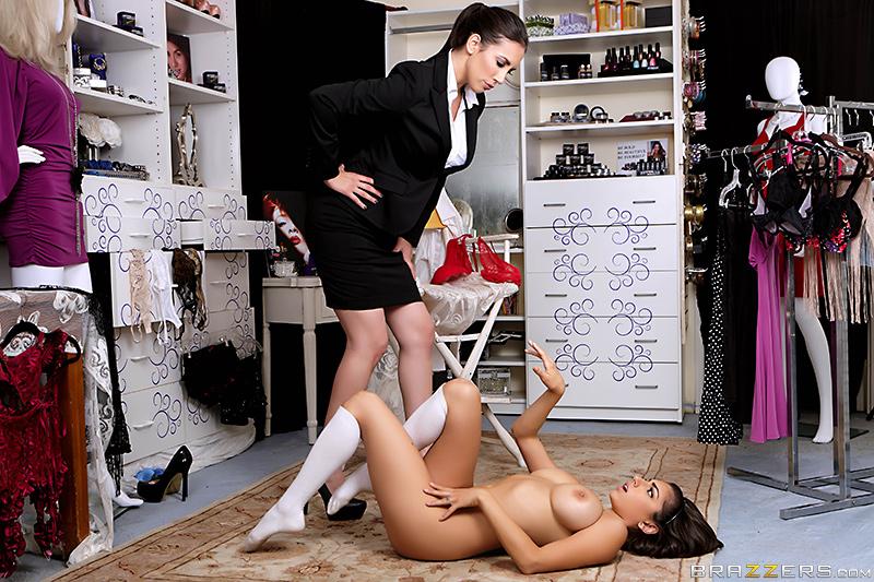 Чьи ласки нежнее мужчины или женщины?