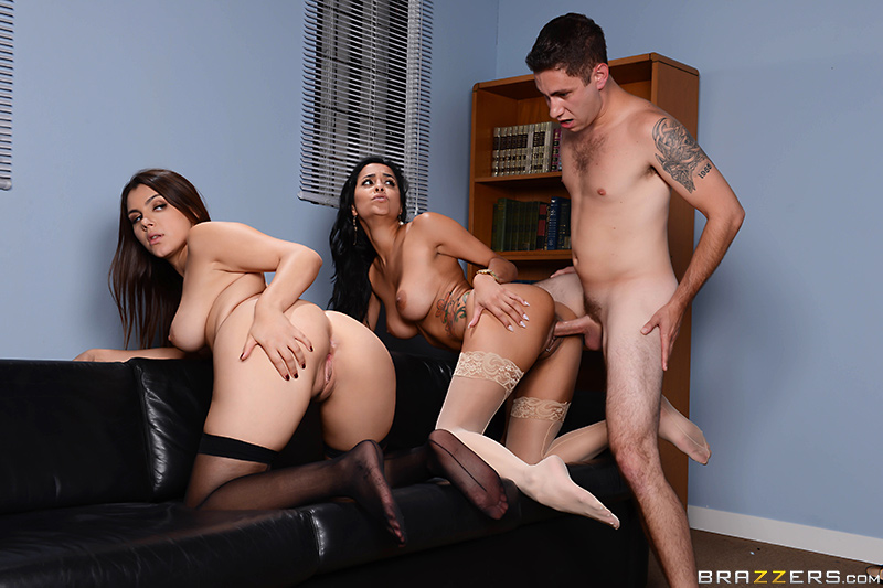 Battle of the Stockings - Abbey Lee Brazil, Valentina Nappi & Brad Knight