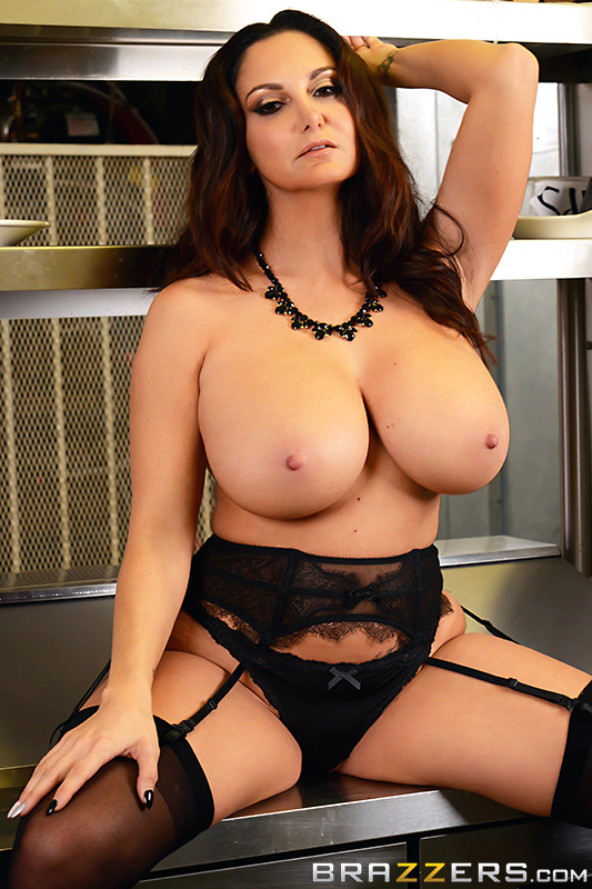 Ava Addams - The Fucking Food Inspector - Click here !