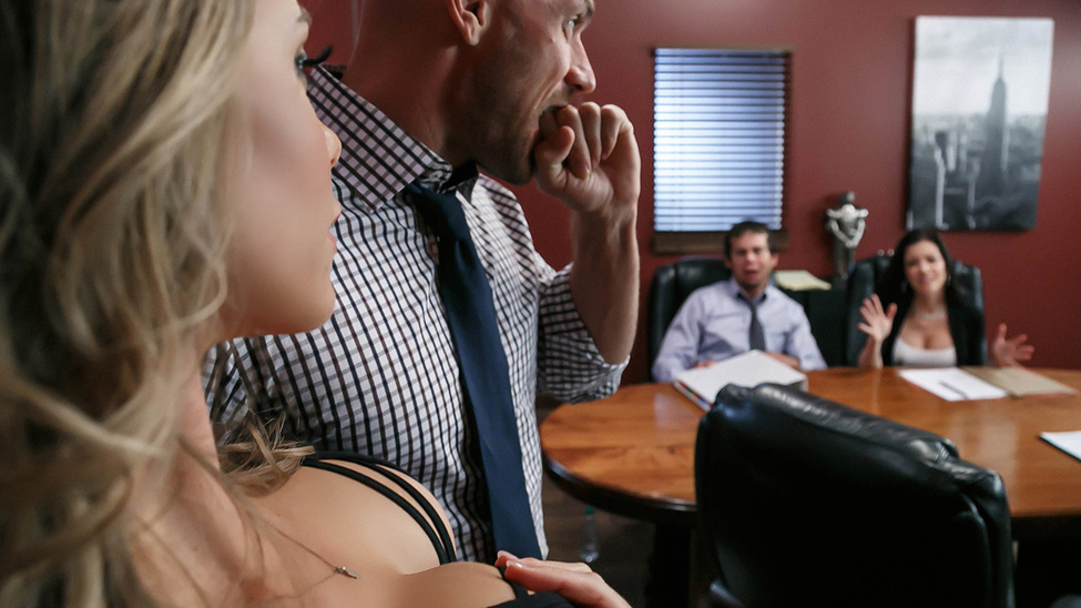 Nicole Aniston in A Union Nutbuster