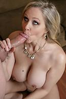 Julia Ann15