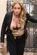 Eva Notty10