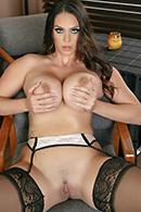 Alison Tyler11