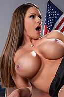 Brooklyn Chase04