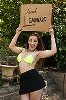 Blowjob porn video – ZZ Lemonade: Dani Daniels